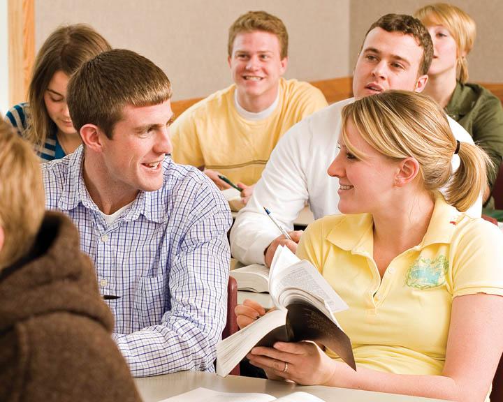 La juventud: Participantes en el escenario de servicio