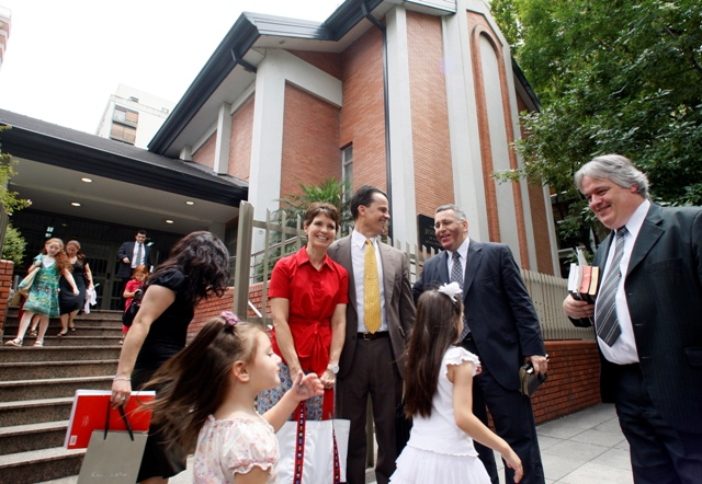 Estudio de Pew Forum demuestra que mormones son muy religiosos